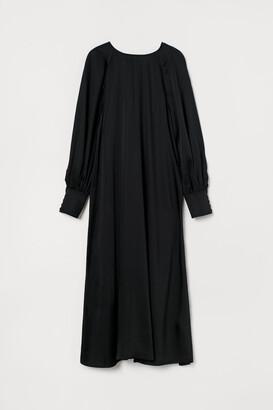 H&M Button-back Dress - Black