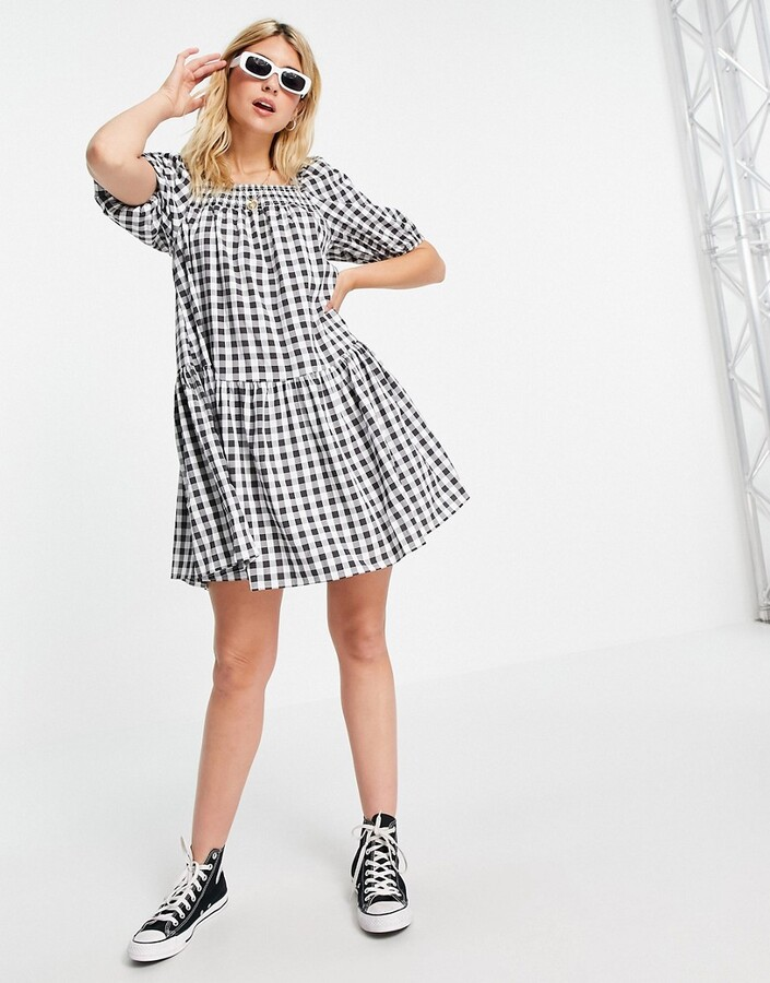 Thumbnail for your product : Qed London square neck mini smock dress in black gingham