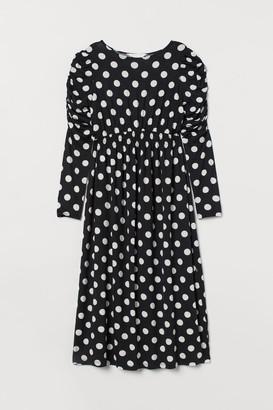 H&M MAMA Puff-sleeved Dress - Black