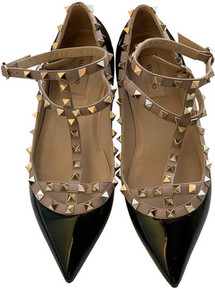 Valentino Rockstud Spike Black Patent leather Heels