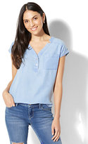 New York & Co. Soho Soft Shirt - One-Pocket Short Sleeve - Ultra-Soft Chambray