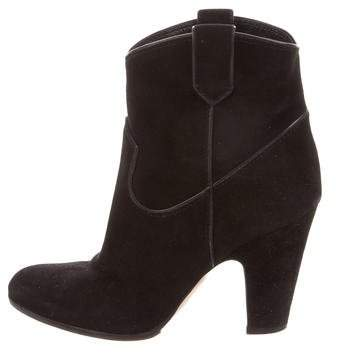 Gianvito Rossi Suede Round-Toe Boots