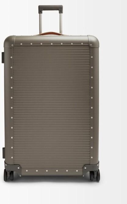FPM Milano Spinner 76 Stud-embellished Suitcase - Grey