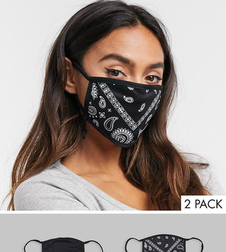 Skinnydip Exclusive2 pack face covering with adjustable straps in plain black and bandana print