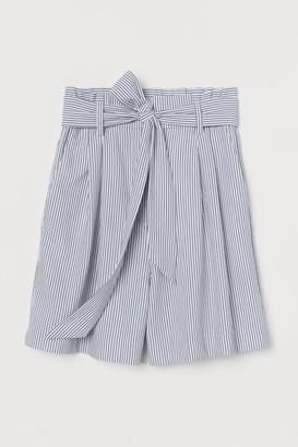 H&M Tie-belt Shorts - White