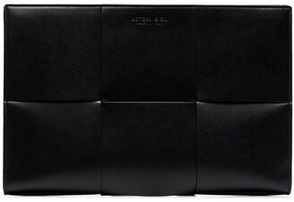 Bottega Veneta Large Scale Intrecciato leather document holder