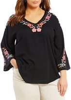 Intro Plus Floral Embroidery Peasant Top