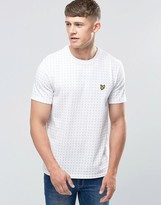 Lyle & Scott T-Shirt With Square Dot Print In White