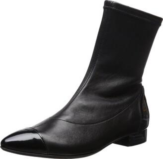 Le Babe Women's Ankle Bootie