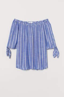 H&M Tie-sleeve blouse
