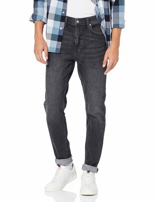 Burton Menswear London Men's Travis Loose Tapered Jeans Fit
