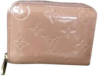 Louis Vuitton Zippy Pink Patent leather Purses, wallets & cases