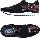 Logan Low-tops & sneakers - Item 11254034