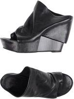 Cinzia Araia Thong sandals