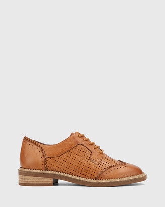 Wittner Canan Leather Lace Up Leather Brogues