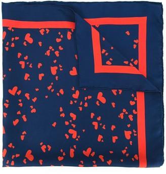 Macgraw heart print scarf