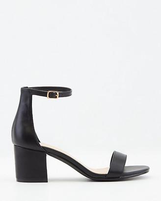 Le Château Faux Leather Round Toe Ankle Strap Sandal