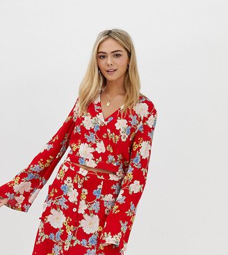 Miss Selfridge blouse with tie detail in floral print-Red
