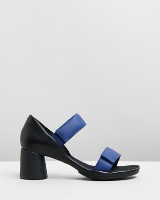 Camper Upright Strappy Sandals