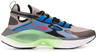 Nike Signal D/MS/X low-top sneakers