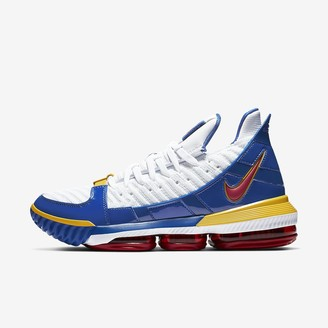 Nike Basketball Shoe LeBron 16