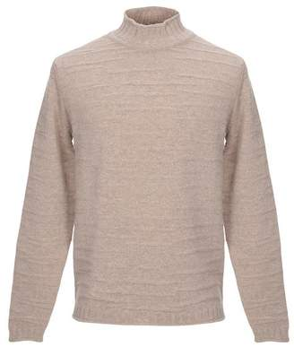 Vneck Turtleneck