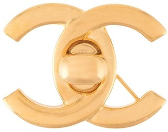 Chanel Pre Owned CC Logos turnlock brooch