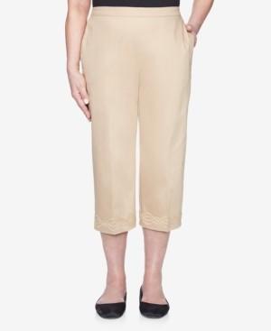 Alfred Dunner Plus Size Pull On Back Elastic Sateen Capri