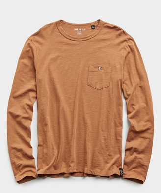 Todd Snyder Made In L.A. Slub Jersey Long Sleeve T-Shirt in Brass