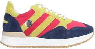 High Low-tops & sneakers