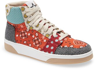 Steve Madden Free Throw Lace-Up Sneaker