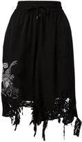 Marcelo Burlon County of Milan distressed shorts - women - Polyester - XS