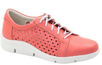 Dromedaris Lace-Up Leather Sneakers - Vivian