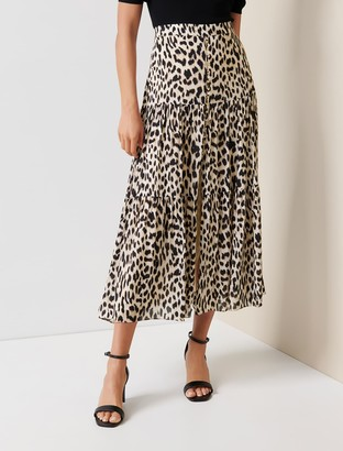 Forever New Lilliana Tiered Maxi Skirt - Leopard Print - 10