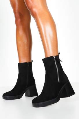 boohoo Zip Side Chunky Sole Boots
