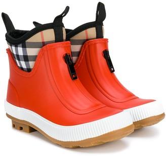 BURBERRY KIDS Vintage Check rain boots
