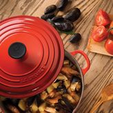 Le Creuset French Oven 5.5qt Cherry