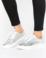 Oasis Metallic Sneaker