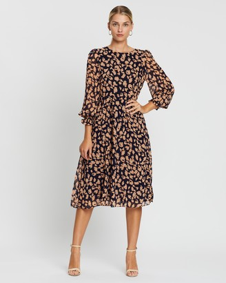 Forcast Ryona Shirred Sleeve Midi Dress