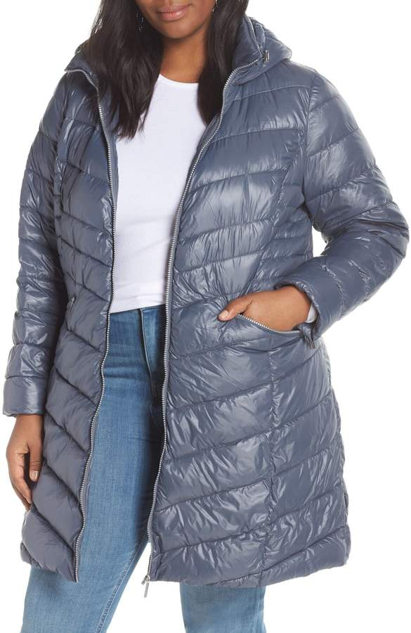 Hooded Puffer Jacket (Plus Size)