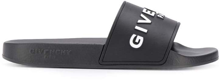 Givenchy 3D logo slides