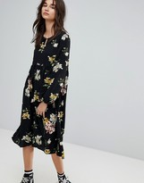Glamorous Smock Dress In Sparse Floral