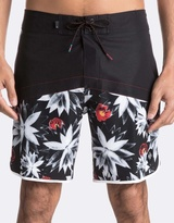 Quiksilver Mens Crypt Scallop 18