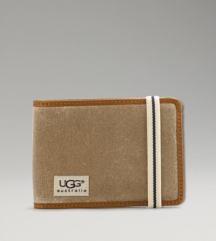 UGG Men's Weekend Double Billfold & ID Wallet
