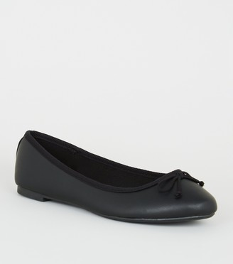 New Look Wide Fit Bow Front Ballet Pumps