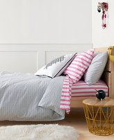 HannaSoftTM X's And O's Duvet Cover