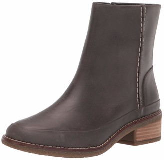 Sperry Women's Seaport Storm Mid Bootsie Leather Fashion Boot