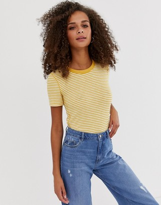 Abercrombie & Fitch baby t-shirt in stripe-Yellow