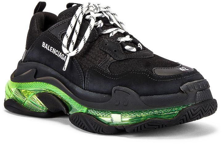 Balenciaga Triple S Sneaker Old men s shoes Shopee