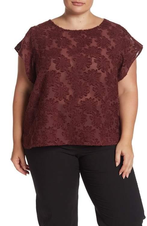 14th & Union Floral Jacquard Woven Top (Plus Size)